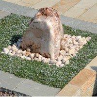 Мраморная галька - использование в ландшафте